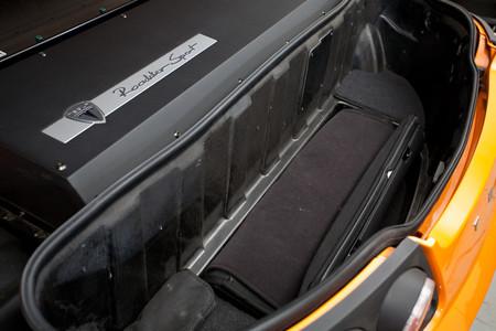 Quejas por la batería 'muerta' de un Tesla Roadster