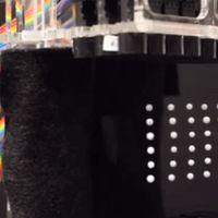 Esta pantalla con píxeles que levitan quieren que sea el futuro de la tinta electrónica