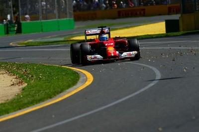 Doblete de Mercedes para dar por terminado el primer día de actividad en Australia