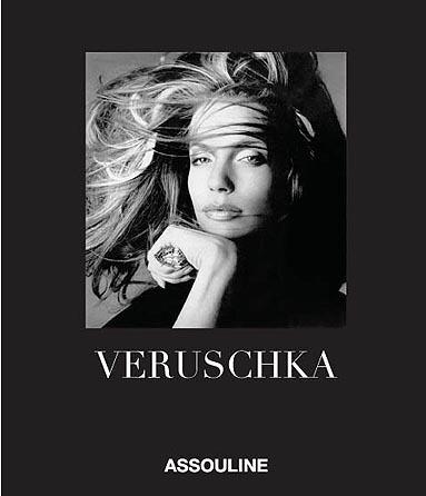 La belleza de Veruschka, en un libro de lujo