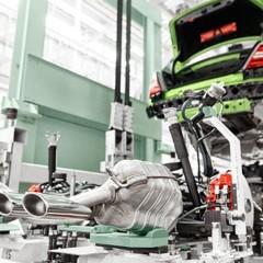 Foto 15 de 26 de la galería mercedes-c63-amg-coupe-legacy-edition en Motorpasión
