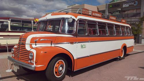 Regreso al pasado de los autobuses gracias a una exposición en pleno Alcobendas