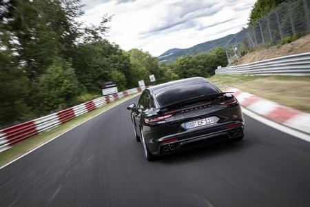 Porsche Panamera Record Circuito