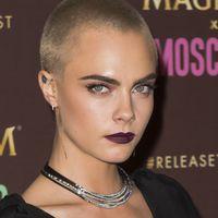 Los volantes y transparencias se vuelven punk en el look más delicado de Cara Delevingne
