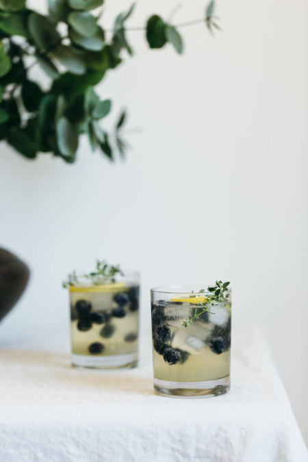 Limoncello Prosecco With Blueberries And Thyme Cocktail Recipe 1