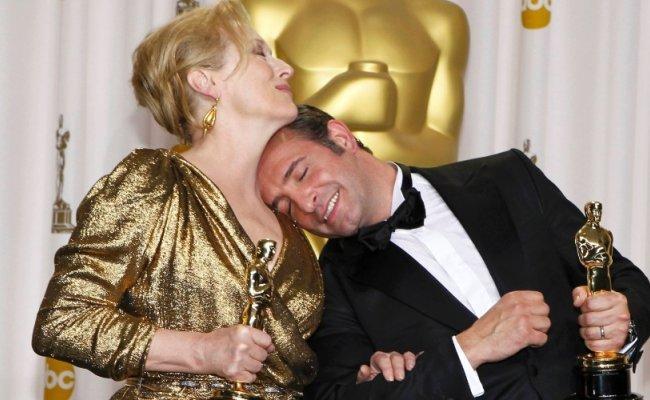 Meryl Streep y Jean Dujardin bromean con sus Oscars
