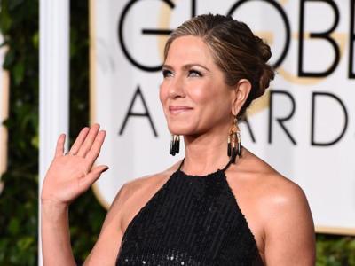 La Jennifer Aniston más formal se da cita en los Globos de Oro 2015