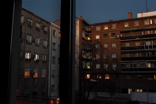 Cómo usar la técnica time blending en Adobe Photoshop para iluminar la noche