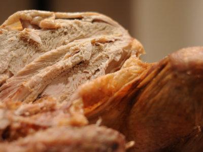 La pechuga de pollo y de pavo procesada no es tan fiable como creemos