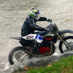 Foto 7 de 8 de la galería suzuki-gsx-r-1100-enduro en Motorpasion Moto