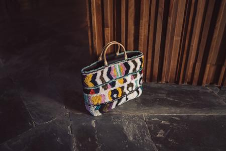 Esta es la nueva colección de bolsos de Uterqüe que podría hacer peligrar tu economía