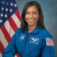 Ella es la primera mujer afroamericana en unirse a la tripulación de la Estación Espacial Internacional
