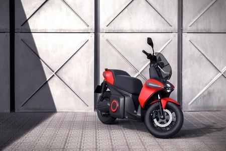 Seat Moto Patinete Electrico 3