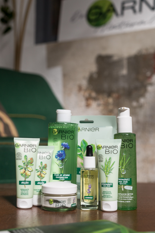 Garnier apuesta por una nueva variedad bio para democratizar la cosmética ecológica y certificada que estamos intentado probar