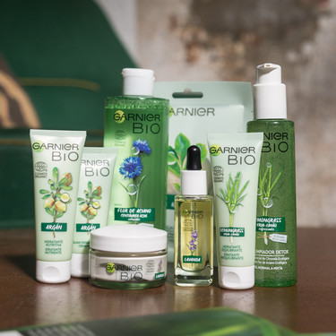 Garnier apuesta por una nueva gama bio para democratizar la cosmética ecológica y certificada que estamos deseando probar