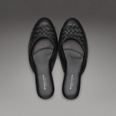Slippers para señora de Bottega Veneta: cómodas y elegantes