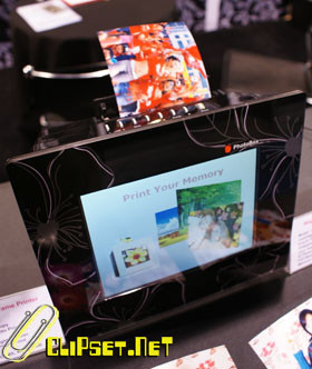 Marco de fotos Magellan con impresora integrada