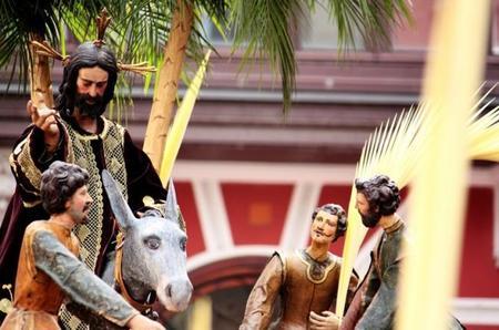 Domingo de Ramos en España: procesiones de Interés Turístico