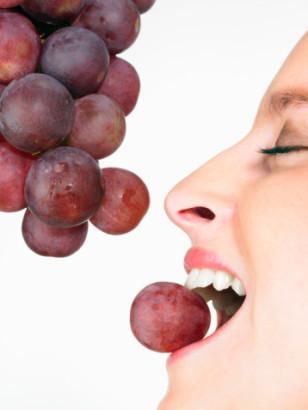 Los beneficios de la uva en la piel