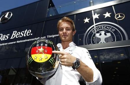 Nico Rosberg y Mercedes dominan los primeros libres