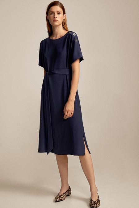 Como Combinar Un Vestido Azul Marino 15