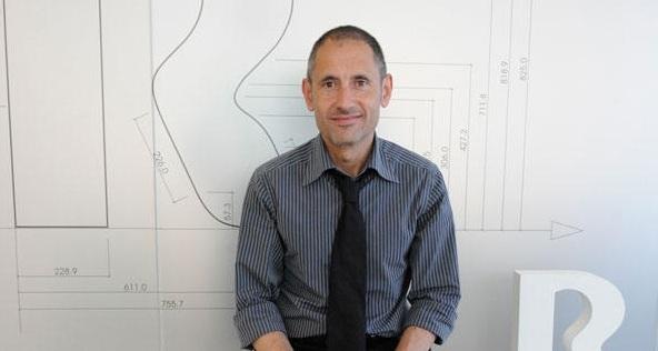 Arturo Dopico CEO R mobilR