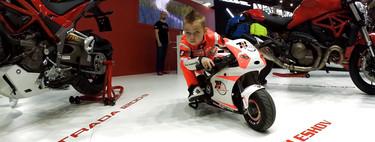 Estos siete vídeos de niños nacidos para ir en moto te alegrarán el Día del Padre