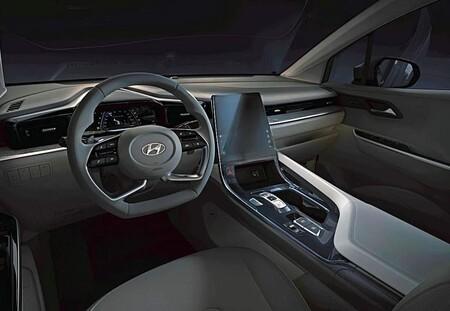 Hyundai Custo  6