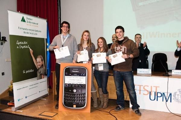 large_ganadores-university-creativity--innovation-challenge_1