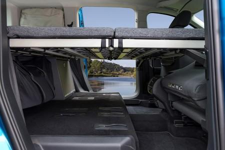 Volkswagen Caddy California 7
