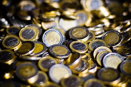 El ahorro crece en España