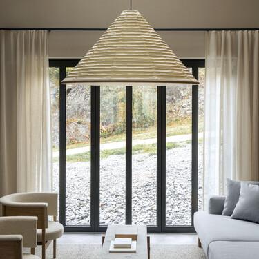 Una casa en plena naturaleza inspirada en la tradición nórdica y el zen japonés