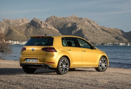 Volkswagen Golf 2017 1600 23