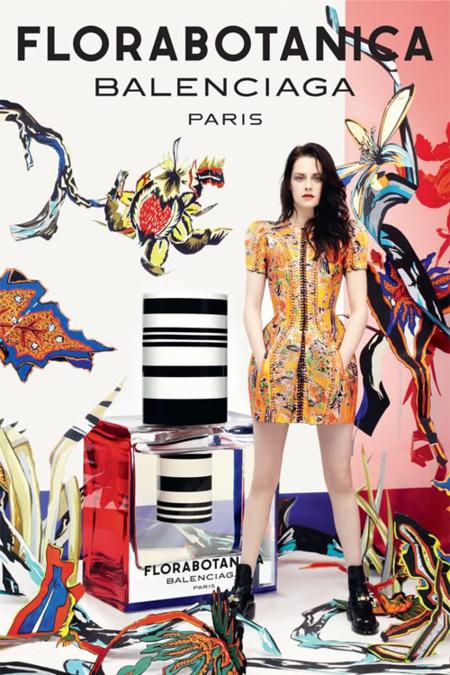 """La """"musa de Balenciaga"""" Kristen Stewart seguirá siendo su imagen"""