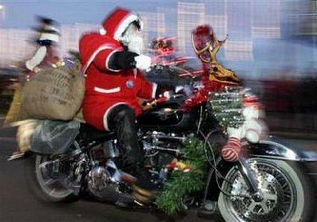 Papa Noel en moto