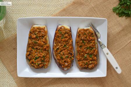 Berenjenas al microondas rellenas de mejillones en escabeche: receta ultrafácil para cocinar con latas