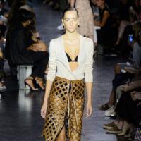 Clonados y pillados: ¿te atreves con el clon de la falda con rejilla de Altuzarra?