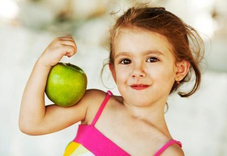 """""""Comer sano es divertido, la obesidad infantil no"""": cinco consejos para una nutrición saludable"""
