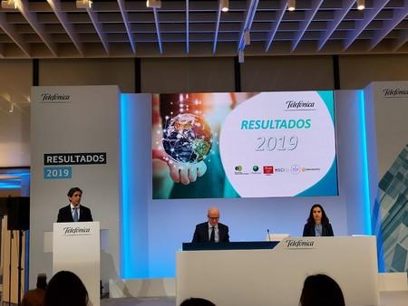 Telefónica gana un 66% menos en 2019 debido a su plan de bajas, aunque se mantiene en positivo y reduce su deuda
