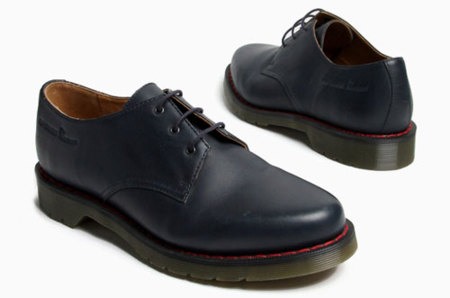 Raf Simons convierte las Dr. Martens en zapato