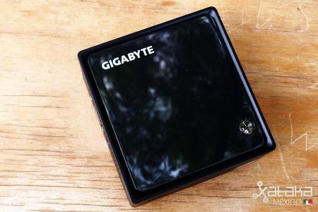 gigabyte_brix_celeron-04.jpg