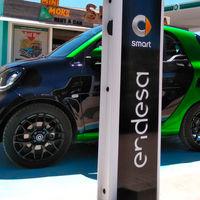 smart y Endesa suman fuerzas y estrenan una red de recarga pública para coches eléctricos en Ibiza
