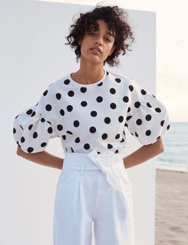 Nueve vestidos de Zara con los que arrasarás en la Feria de Abril sin vestirte de flamenca