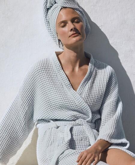 Cómo empezar a cuidar tu piel en otoño: pautas de la rutina facial y productos imprescindibles