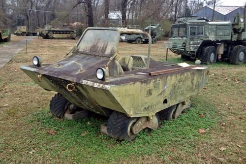 Lockheed Terrastar, el prototipo militar anfibio de 12 ruedas que terminó siendo estrella de cine