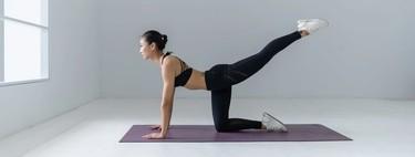 Esterillas de yoga, bolas de pilates y bandas elásticas fitness en oferta en El Corte Inglés con recogida rápida Click&Car
