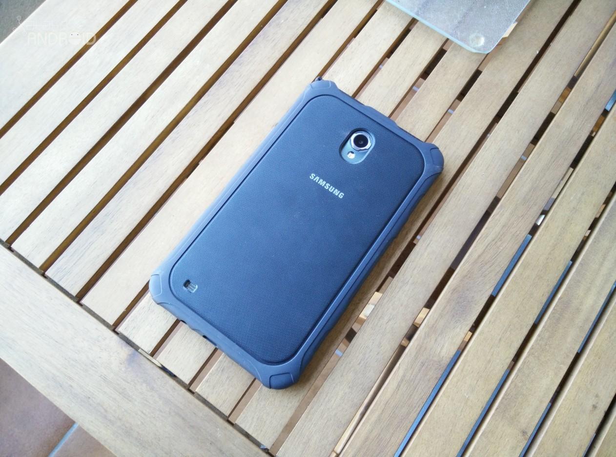 Samsung Galaxy Tab Active 17 18