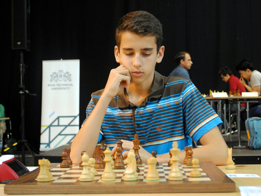 Así es Lance Henderson, el Gran Maestro de ajedrez más joven de la historia de España: