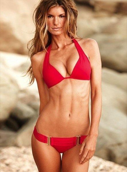 Colección Victorias Secret baño 2010: los bikinis de moda X