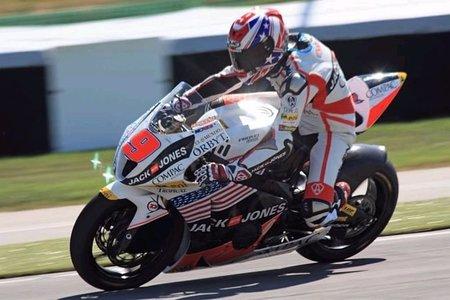 Kenny Noyes ya tiene nueva moto para el 2011